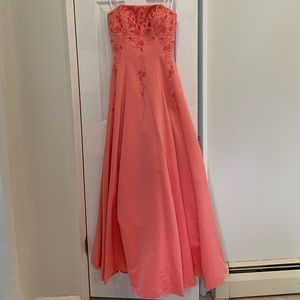 Cache Coral Strapless Evening Gown